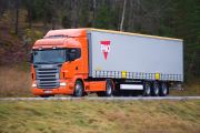 08915-001 Scania R 400 4x2 Highline with curtainside semitrailer