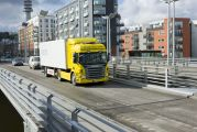 08268-018 Scania P 380 4x2 Highline with city semitrailer. RME-fuelled
