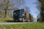 05369-020 Scania R 580 6x4 timber truck with trailer